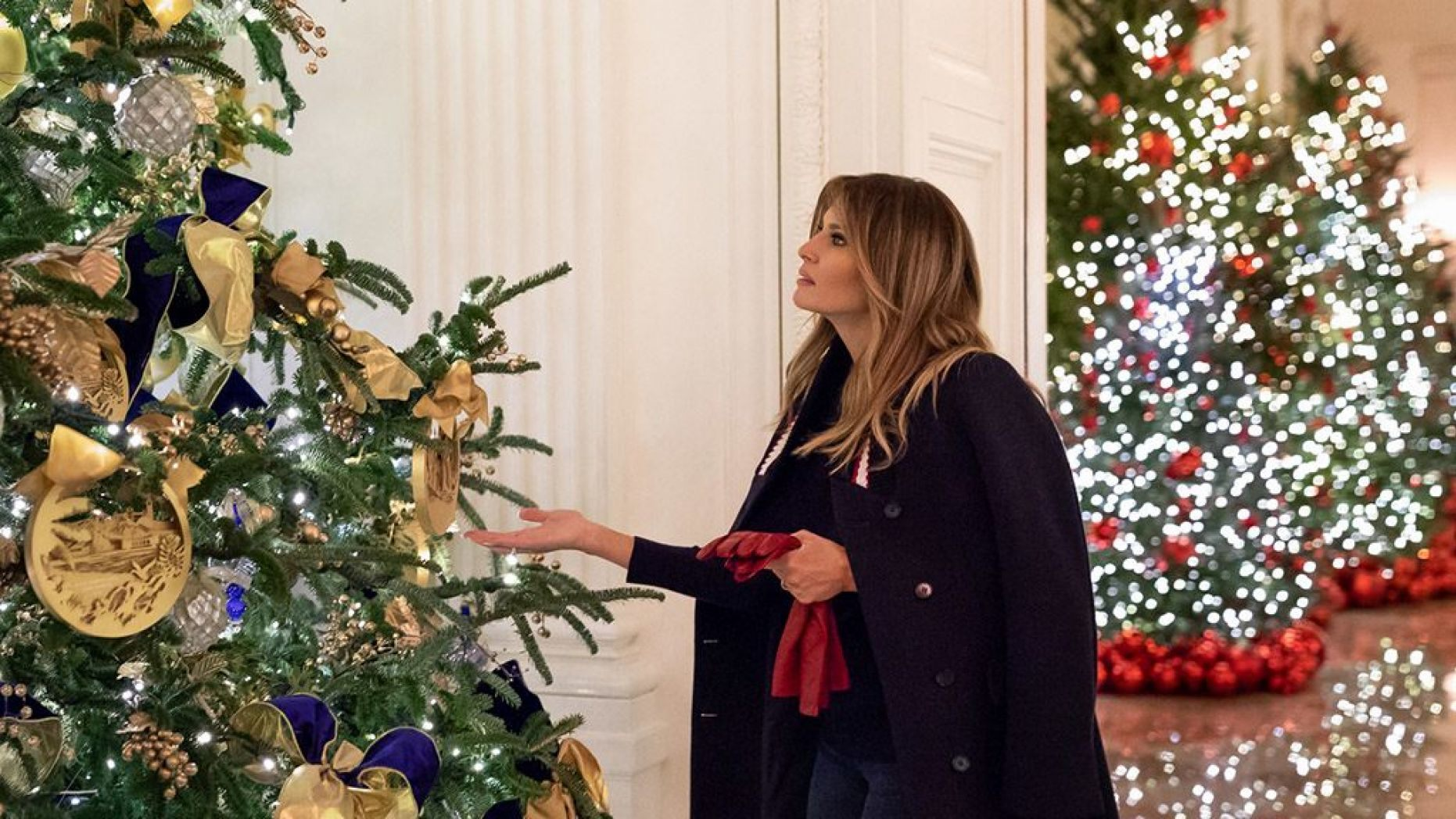 Melania Trump brushes off Christmas decoration critics I